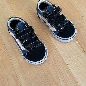 New Vans Old Skool V Navy Toddler Sneakers 4.5